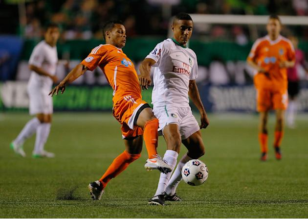 Carolina Railhawks v New York Cosmos