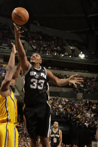 Parker leads Spurs past Pacers
