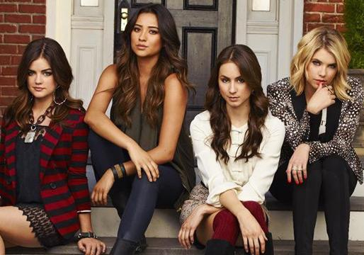 Pretty Little Liars @ PaleyFest: A 'Shocking Ezria Twist,' Caleb's Season 5 Return Date and More