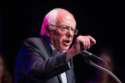 Progressive groups want all Democrats to take on the banks at tonight's debate — not just Bernie Sanders
