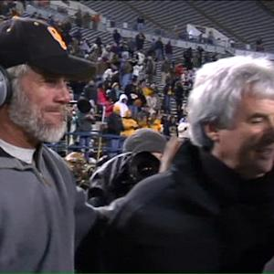 Brett Favre helps coach team to state title