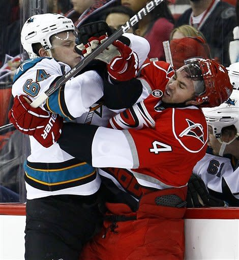 Jokinen, Hurricanes top Sharks, 3-2