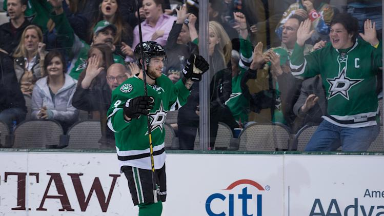 NHL Three Stars: Seguin gets 5, Crosby's minus-5; MacKinnon top…