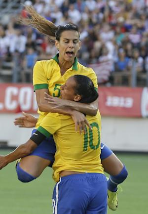US women's soccer team beats Brazil 4-1