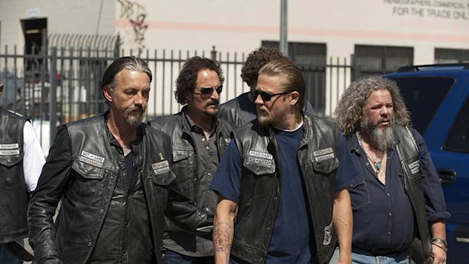 """This undated image released by FX shows, from left, Tommy Flanagan as Filip 'Chibs' Telford, Kim Coates as Alex 'Tig' Trager, Charlie Hunnam as Jackson 'Jax' Teller, Mark Boone Junior as Robert 'Bobby' Munson from the FX series """"Sons of Anarchy."""" (AP Photo/FX, Prashant Gupta)"""