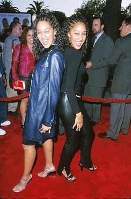 Premiere: Tia Mowry and Tamera Mowry at the Universal City premiere of Universal's Nutty Professor II: The Klumps - 7/24/2000