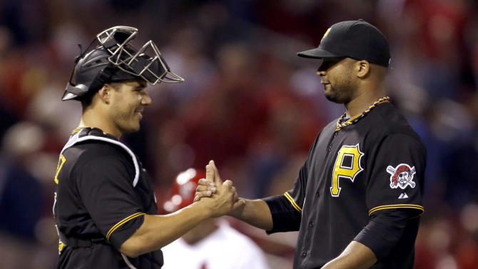 Liriano dominates, Pirates beat Cardinals 5-1