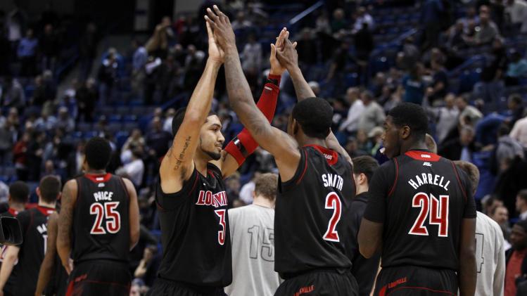 NCAA Basketball: Louisville at Connecticut