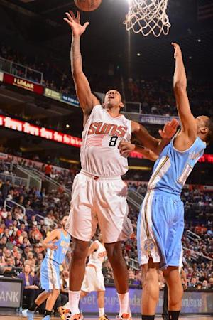 Frye scores 30, Suns handle Nuggets 117-103