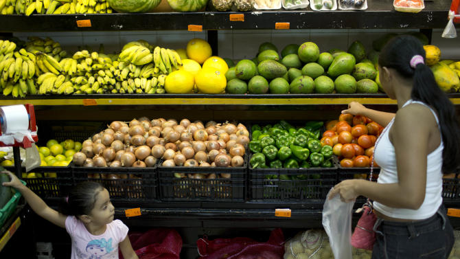 Price surge for tomatoes has Brazilians up in arms