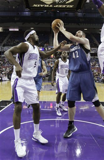 Love grabs 24 rebs, Timberwolves beat Kings 97-89