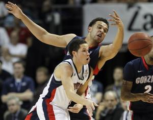 Dellavedova lifts Saint Mary's in OT 78-74