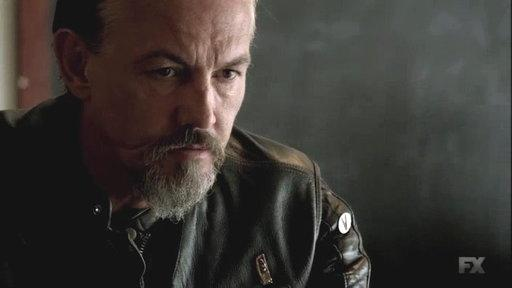 "Jax Struggles With Family On ""Sons of Anarchy"""
