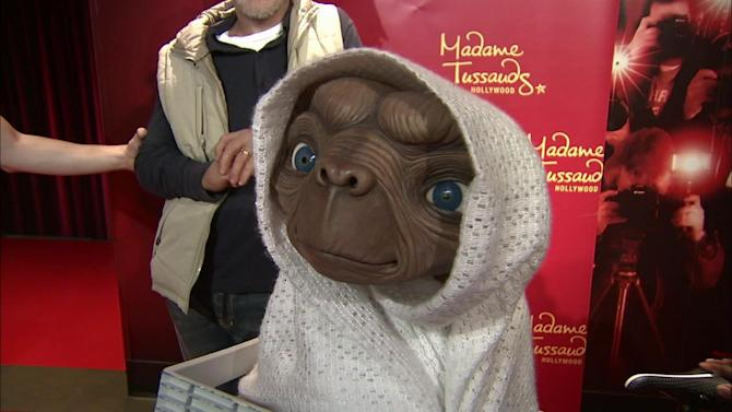 E.T. gets wax figure at Madame Tussauds Hollywood