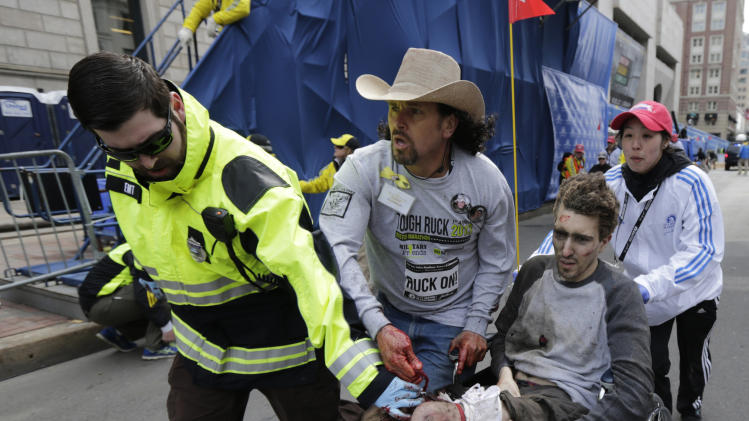 2 killed as 2 bombs explode at Boston Marathon