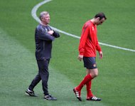 Dimitar Berbatov, right, had an uneasy relationship with Sir Alex Ferguson