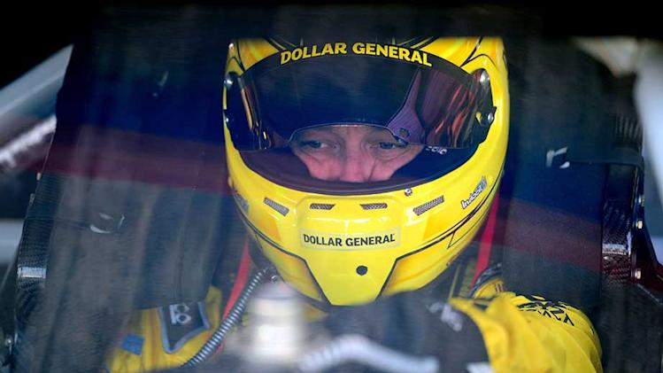 Kenseth conquers adversity with pole run