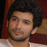 Diganth denies love affiar with Aindrita Ray!