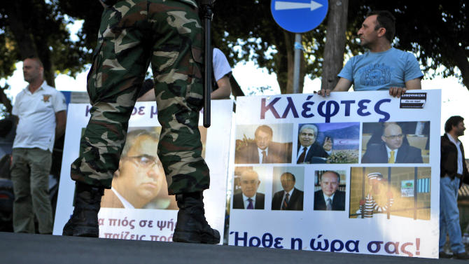 Cyprus tries to make politicians more accountable
