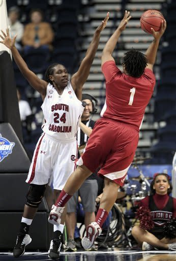 No. 25 S. Carolina women down Alabama 57-38