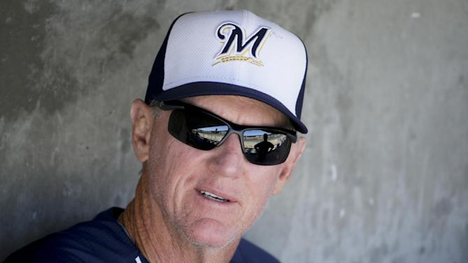 Roenicke ejected from Brewers' 6-5 loss to Arizona
