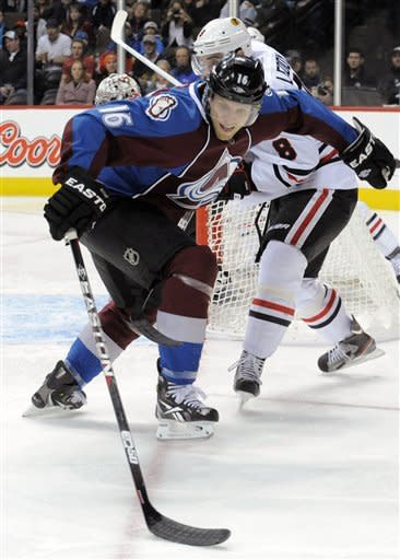 Jones scores 2 goals as Avs beat Blackhawks 5-2