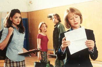 Katie Holmes , Marisa Coughlan, Barry Watson and Helen Mirren in Teaching Mrs. Tingle