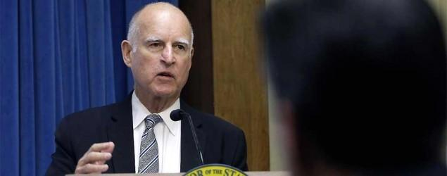 Governor issues 105 pardons, then takes 1 back