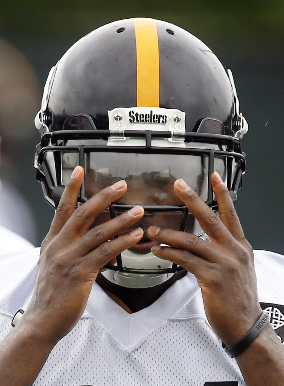 Steelers wide receiver Brown focused on 2015, not contract