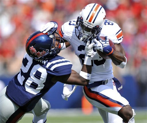 Wallace leads Mississippi over Auburn 41-20