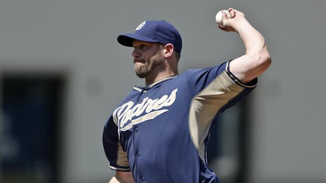 Smith, Headley homer as Padres beat Indians 9-8