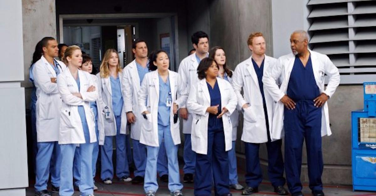 15 Secrets From Grey's Anatomy's Operating Room