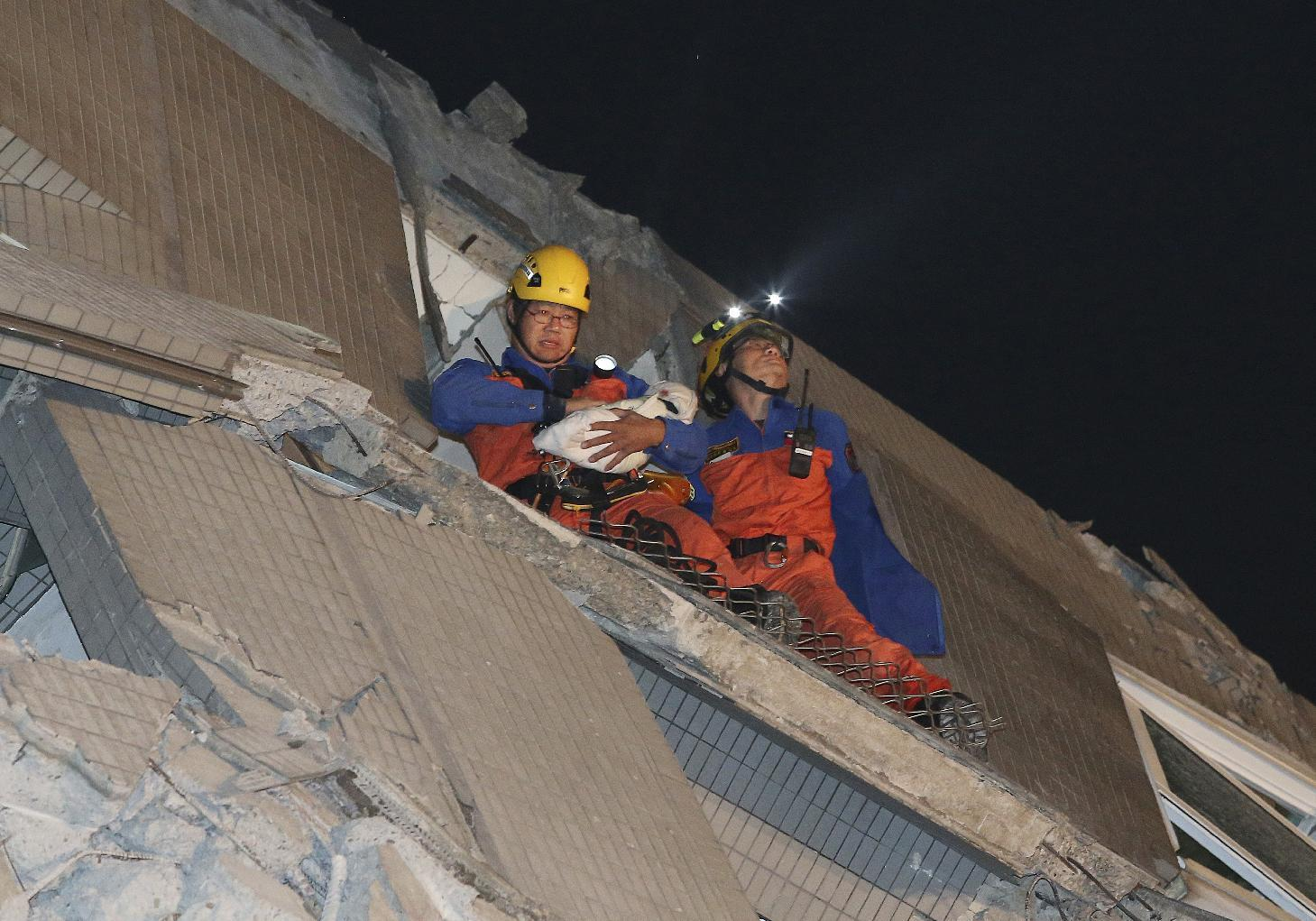 Strong quake hits Taiwan, killing 3; 221 rescued from rubble