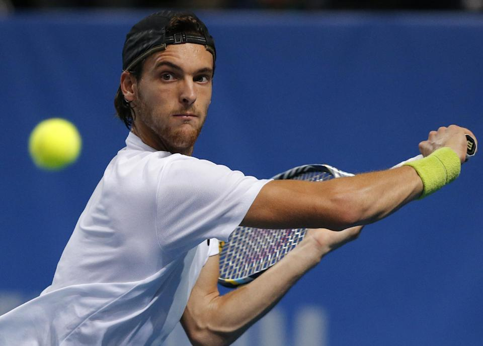 Sousa upsets Tursunov in St. Petersburg Open
