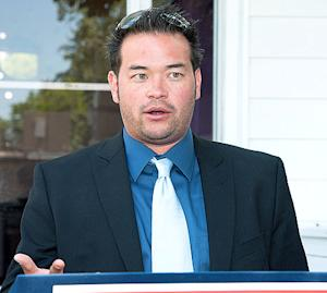 "Jon Gosselin Says He Doesn't Pay Child Support, Has ""No Relationship"" With Ex-Wife Kate Gosselin"