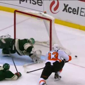 Harding dives across the net and robs Voracek