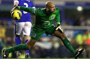 Tim Howard: Everton needs competition at every position