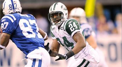 Jets' Idzik, Ryan address Revis rumors