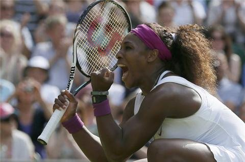 Serena powers into Wimbledon final
