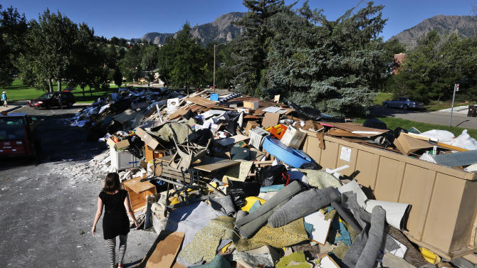 Returning Coloradans find sickening flood damage