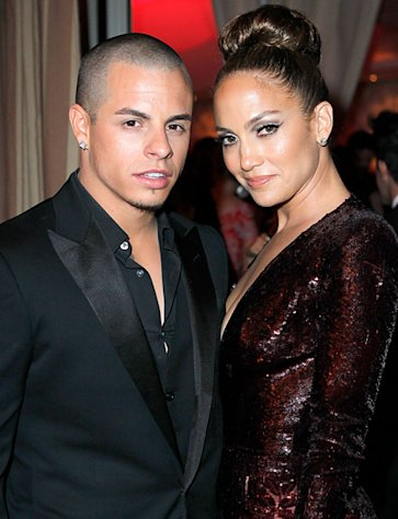 How Casper Smart Plays Dad to Jennifer Lopez&#39;s Twins