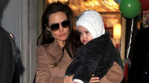 Angelina Jolie visits Lee's Art Shop with Vivienne Jolie-Pitt on December 4, 2010 in New York City -- Getty Premium