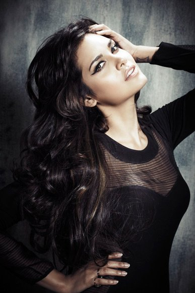 Esha Gupta&amp;#39;s item number