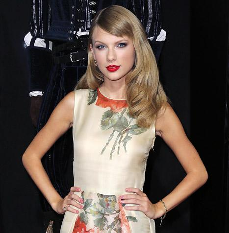 Taylor Swift Cast in The Giver With Meryl Streep, Katie Holmes and Brenton Thwaites
