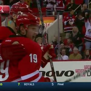 Jordan Staal sets up Jiri Tlusty for a goal