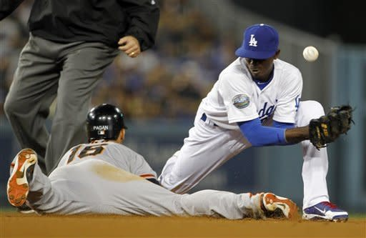 Lilly, Dodgers beat Giants 9-1