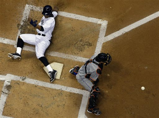 Gallardo, Lucroy lead Brewers over Marlins, 6-0
