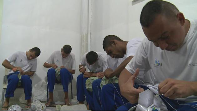 Brazilian prisoners sew their way back into society