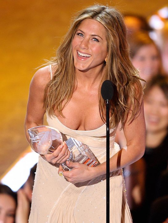 Jennifer Aniston accepts Favorite Female Movie Star award at The 33rd Annual People's Choice Awards. 