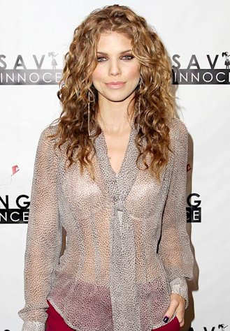 AnnaLynne McCord, 25, Explains Why She Prefers to Date &quot;an Older Man&quot;